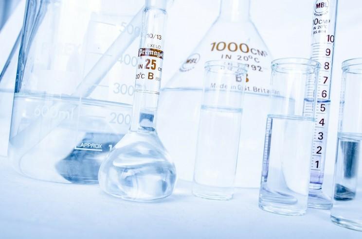 upravljanje-hemikalijama-lab-217043_1280